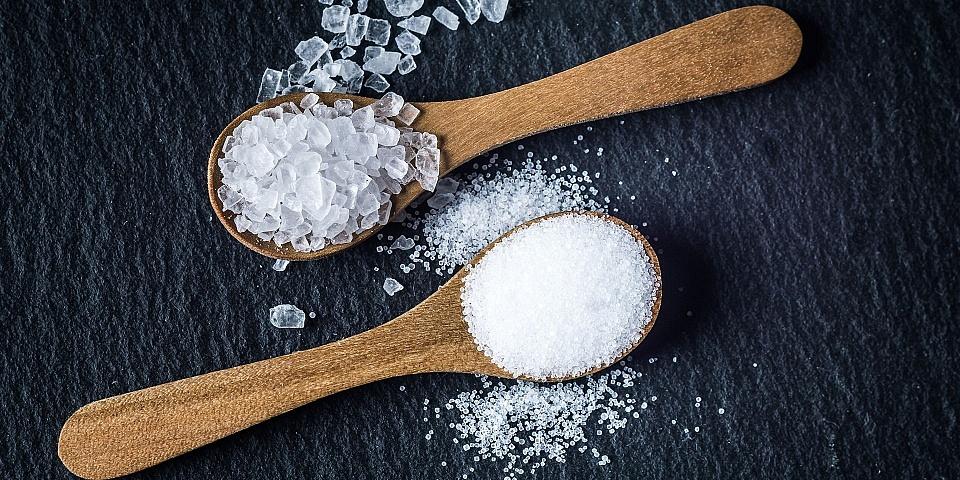 Przesiewanie soli – motoryka mała