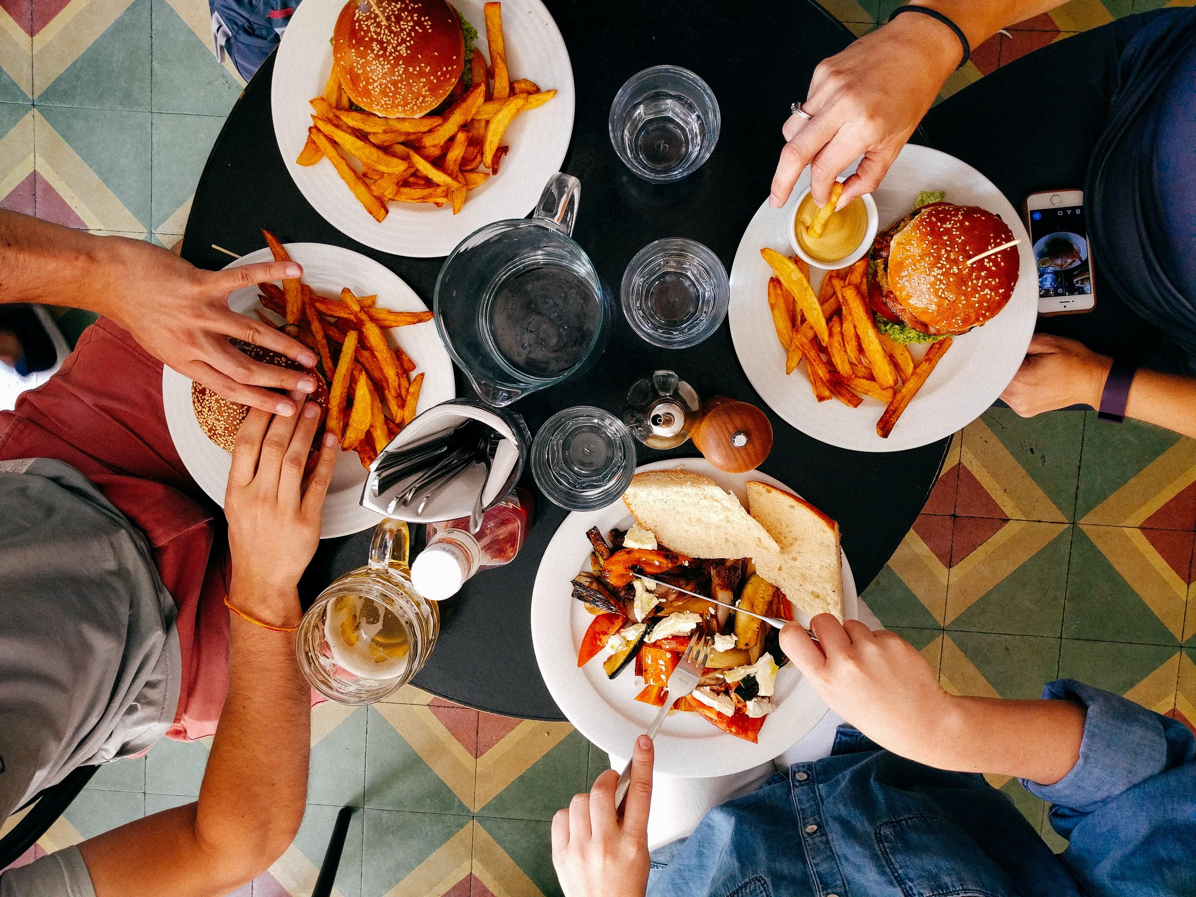 Jedzenie przy stole – autyzm