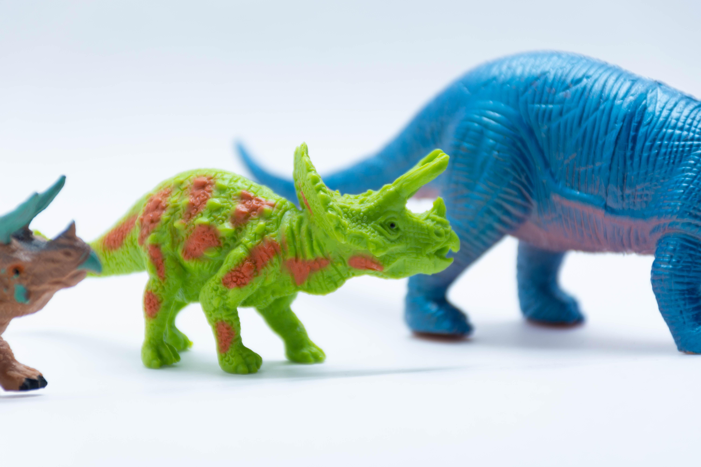 Dzień Dinozaura – Dinozaurowy poranek – zabawa sensoryczna dla dzieci ze spektrum autyzmu