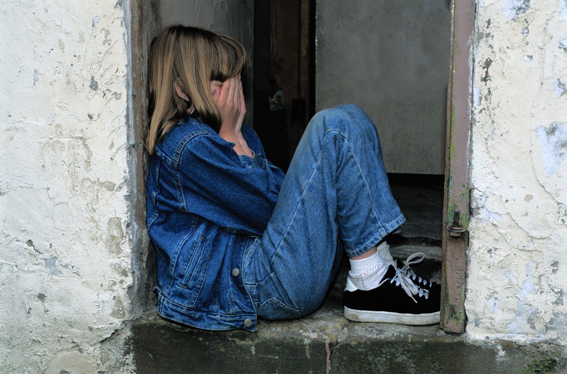 Czynniki wpływające na załamania i regresje w spektrum autyzmu