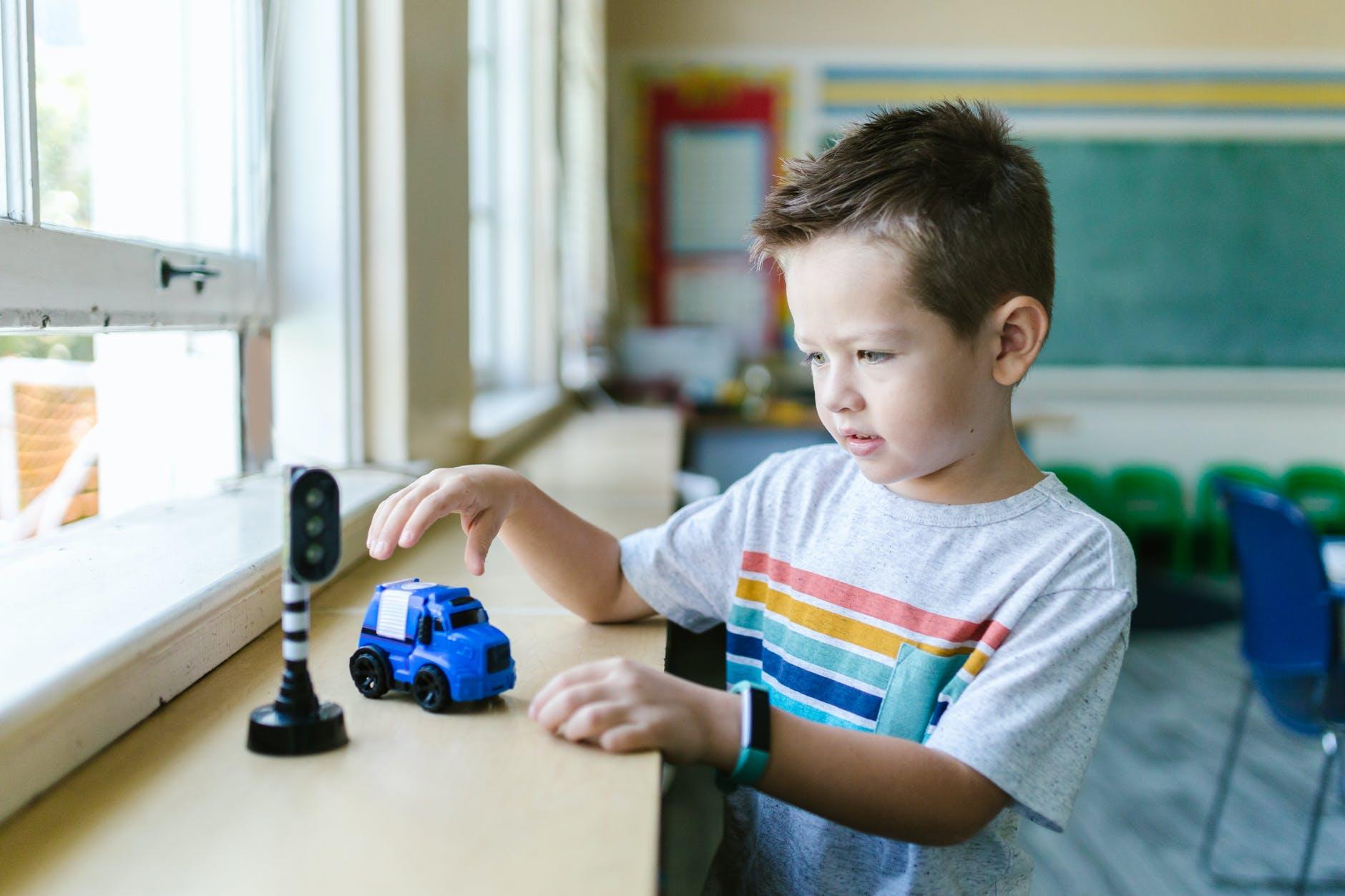 W świecie zabawek – scenariusz zajęć edukacyjnych